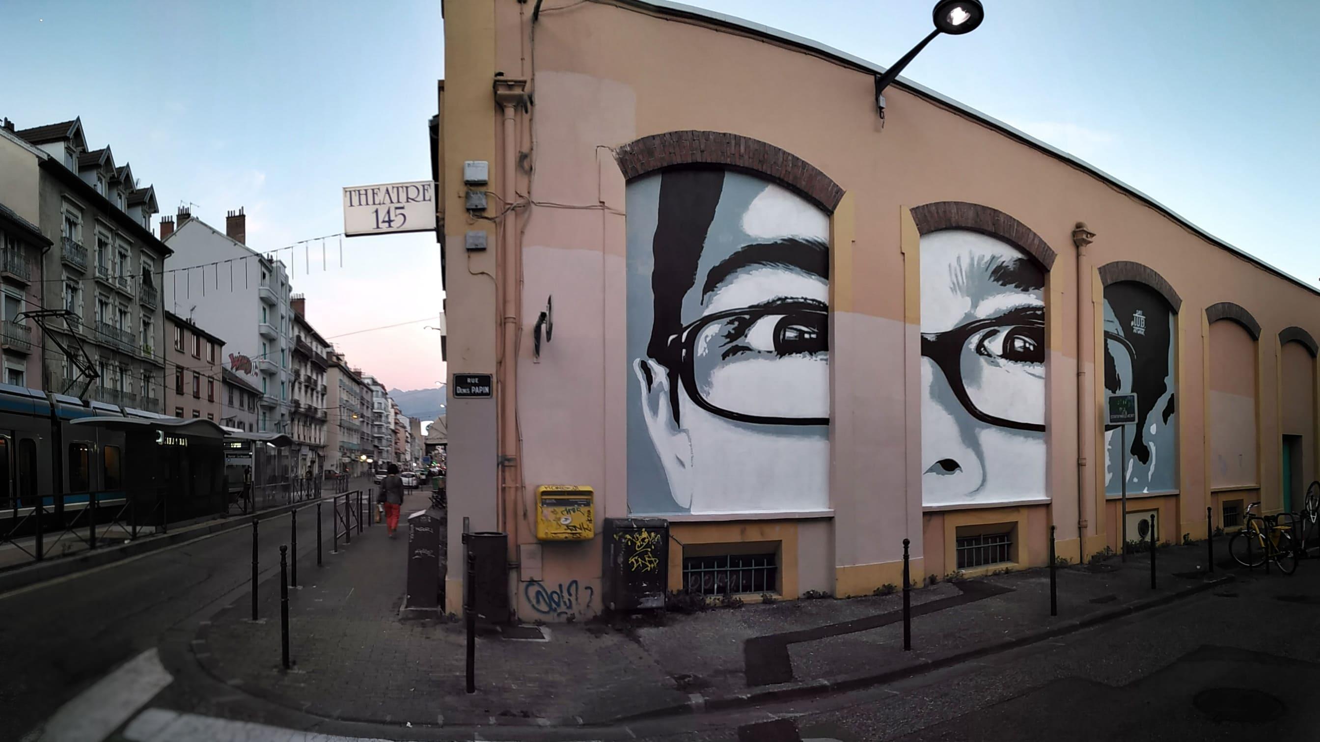 street art anamophose portrait graffiti enfant arcades fresque trompe oeil