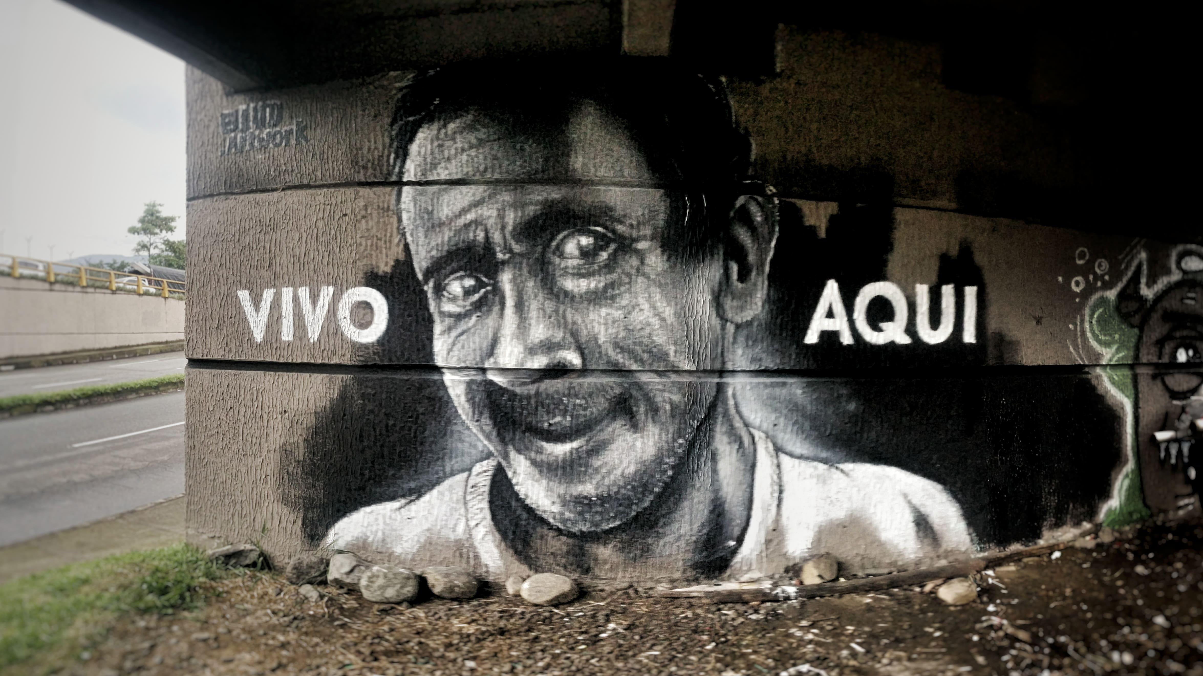 portrait noir blanc graffiti décoration murale